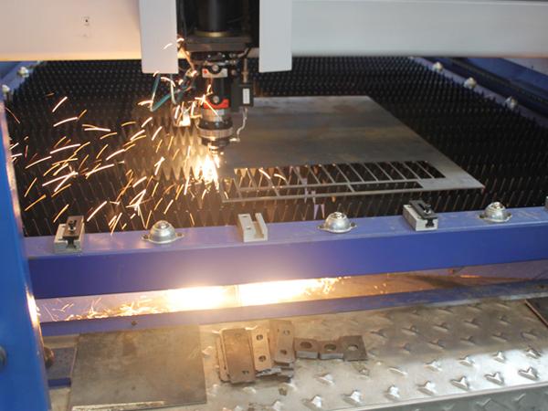 箱体钣金车间机械生产