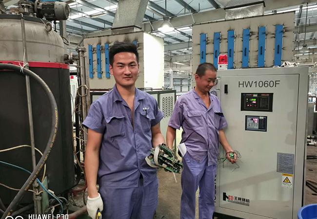 合肥冷水机维修图片