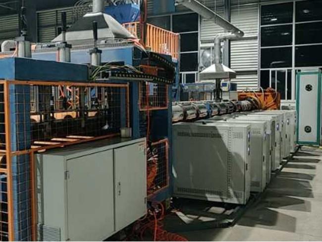 二氧化碳XPS挤塑板发泡选择油式模温机