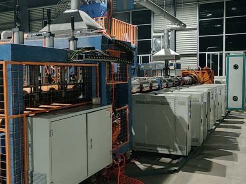 XPS挤塑板油式模温机现场图片