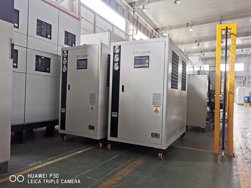 控压力-控温度-控流量高低温测试机