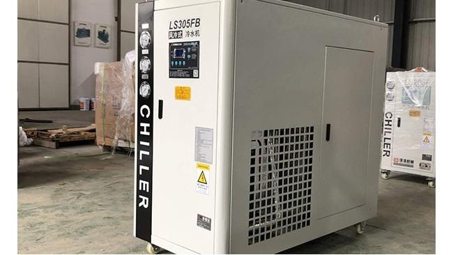 电镀产品由于材料不同导致温度变化,如何选择合适的耐腐蚀冷水机?