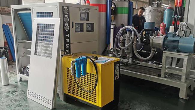 发泡产品能不能挣钱看你如何选择冷热温度控制机,冷热一体机?
