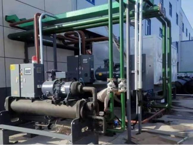 化工行业选择化工冷水机的让产量更高