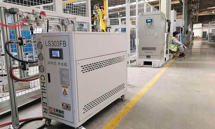 焊接机器人冷水机2jpg