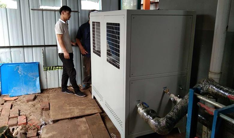 电镀冷水机使用现场